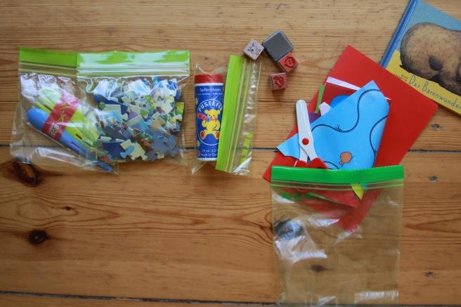 Reisetrick mit Kindern Antilangeweilepacks